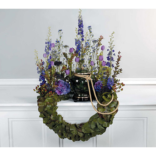 Lavender & Scaled Bent Wreath Memorial